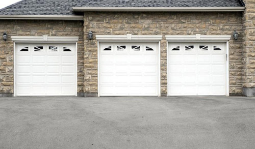 Signs Your Existing Garage Door Is Hazardous To Your Family