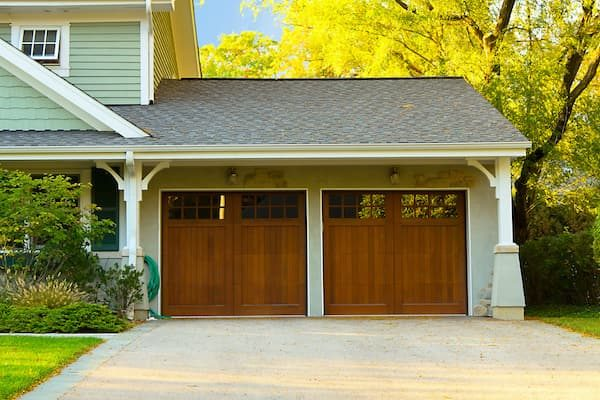Wooden Residential Garage Doors