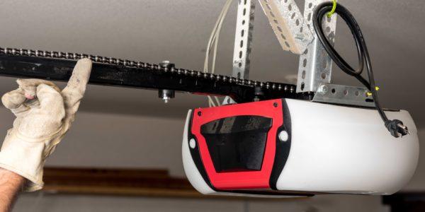 Five Quick & Easy Ways to Troubleshoot Your Garage Door Opener