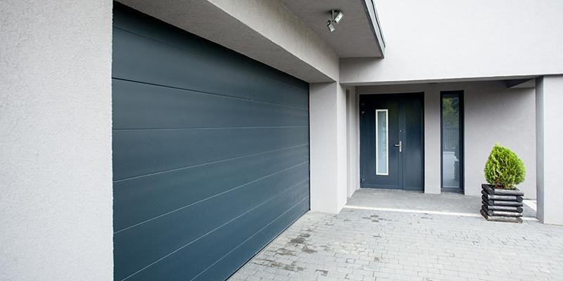 Repairing vs Replacing: Which is Better for Your Garage Door?