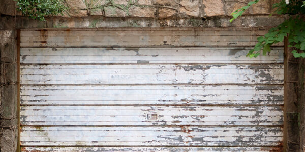 When is it Time to Replace Your Old Garage Door?