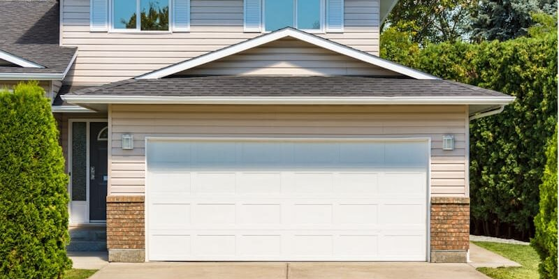 Different Types of Residential Garage Doors in Lake Bluff